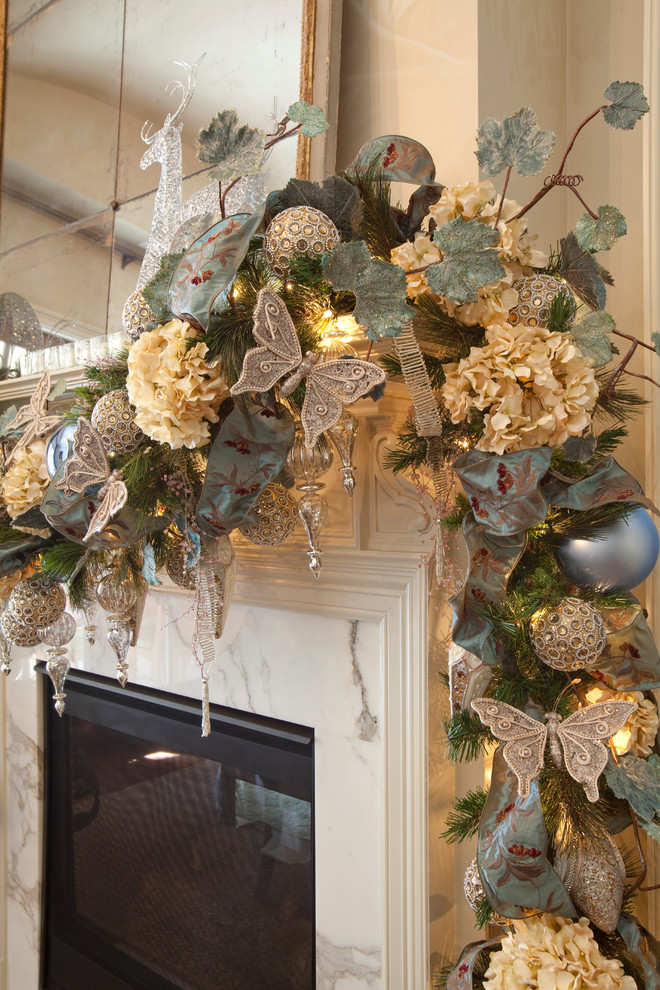Fireplace Mantel Christmas Decorating Idea