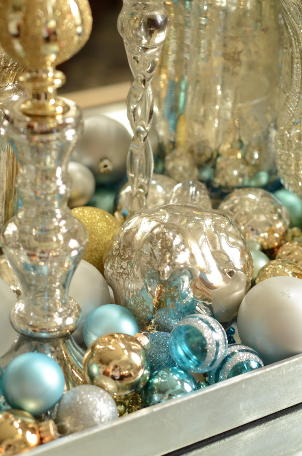 Turquoise and Gold Christmas Decorations