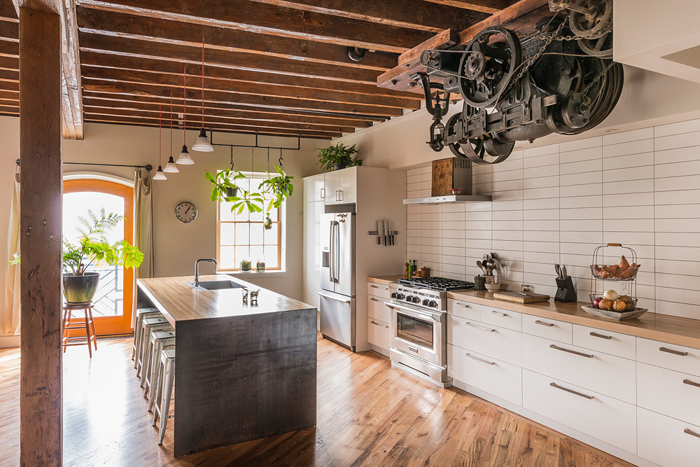 renovated-warehouse-industrial-kitchen