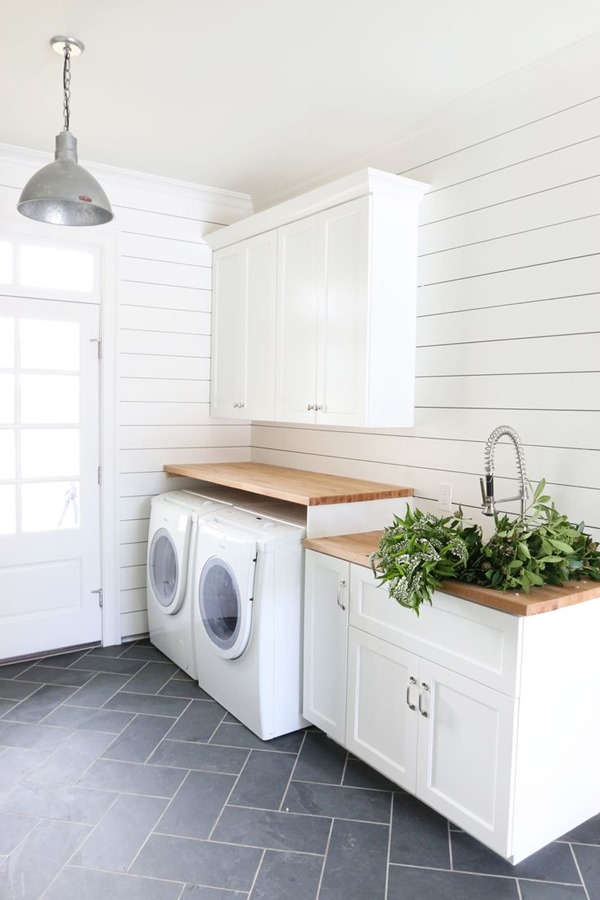 Laundry Room (34)