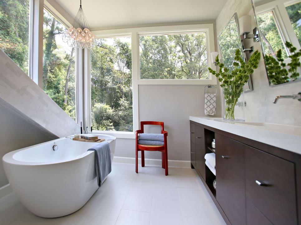 Bathroom Renovations for Small Spaces