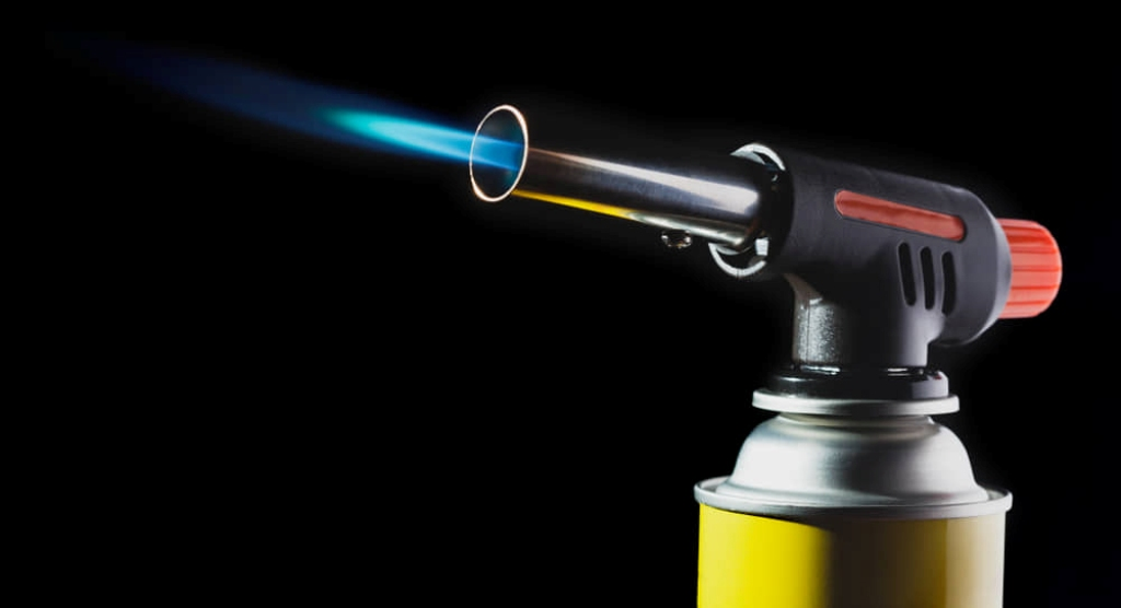 How to refill a butane torch