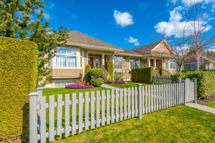 Advantages Of Installing Fencing In Your Yard 183 Wow Decor