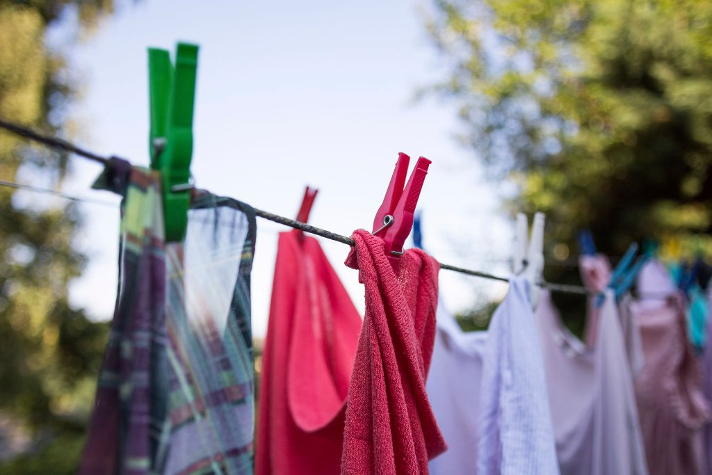 7 Ways To Always Keep Your Clothes Fresh And Clean Wow Decor