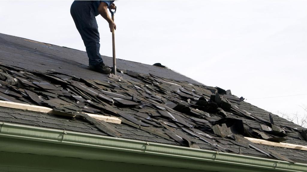 How to Prevent a Damaged Roof