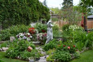 How to Create Privacy in Your Garden Without Sacrificing on Beauty